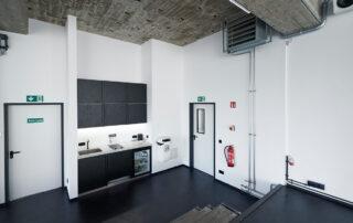 STUDIO 2 - raw studios. Kitchen