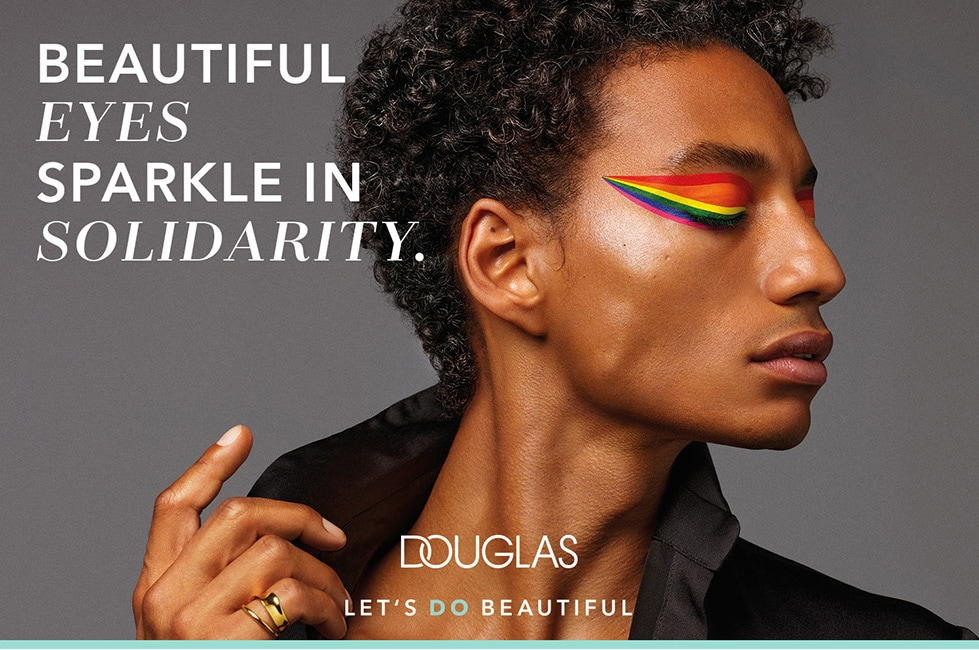 An image of black model for Douglas campaign